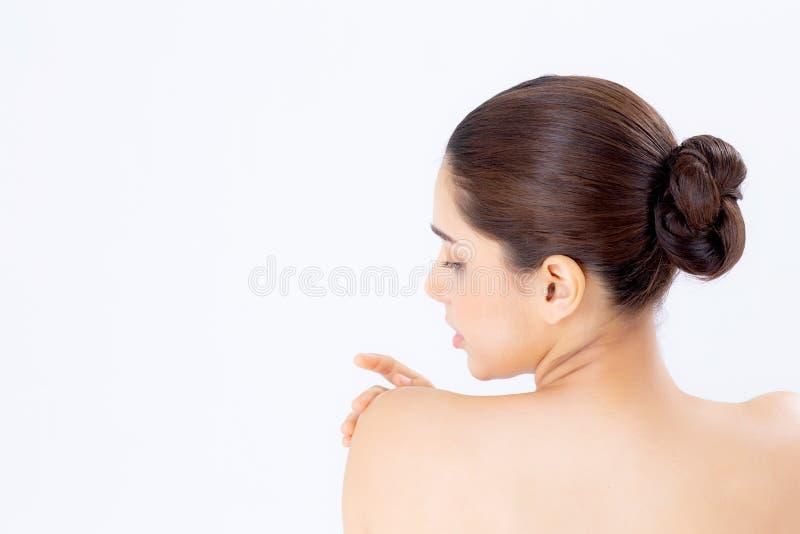 Stående av härlig asiatisk kvinnamakeup av den attraktiva skönhetsmedlet, flickahandlagskuldran och leendet arkivbilder