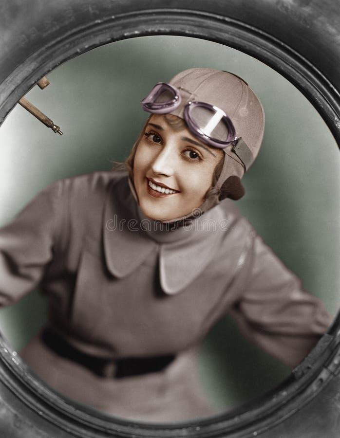 Stående av kvinnligpiloten (alla visade personer inte är längre uppehälle, och inget gods finns Leverantörgarantier att det ska f arkivbilder