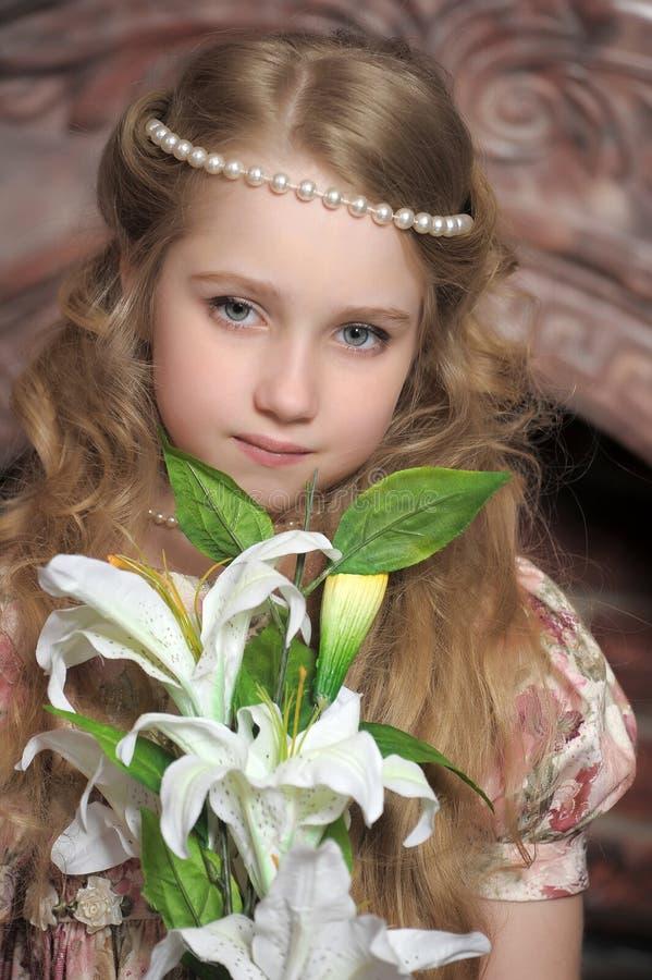 Stående av lite prinsessan royaltyfri fotografi