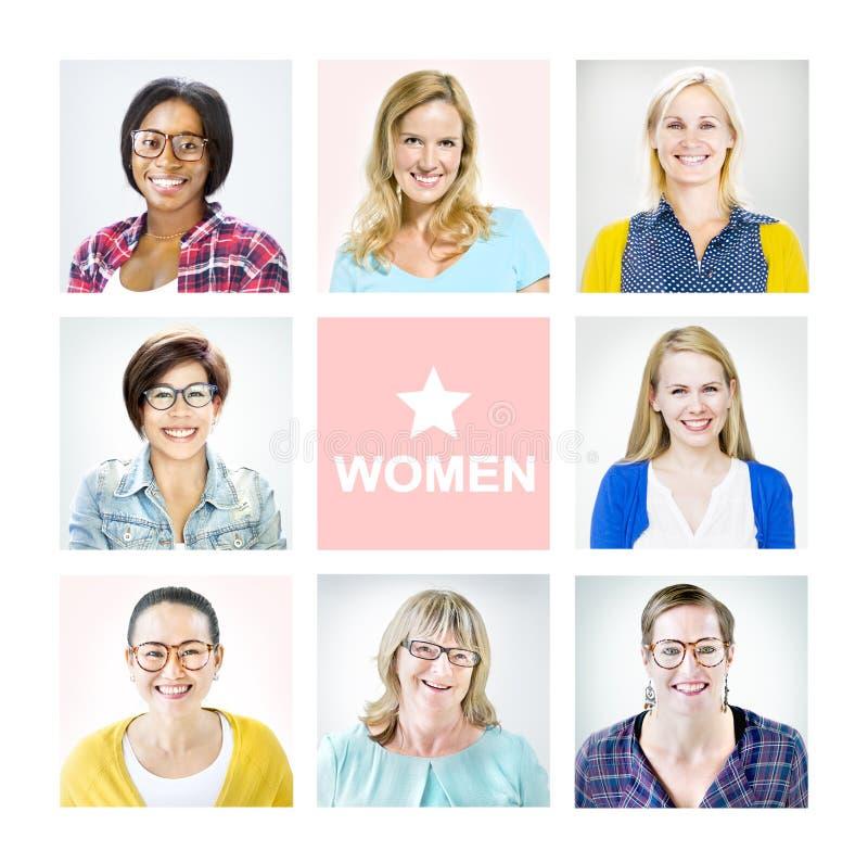 Stående av multietniska olika gladlynta kvinnor arkivbilder