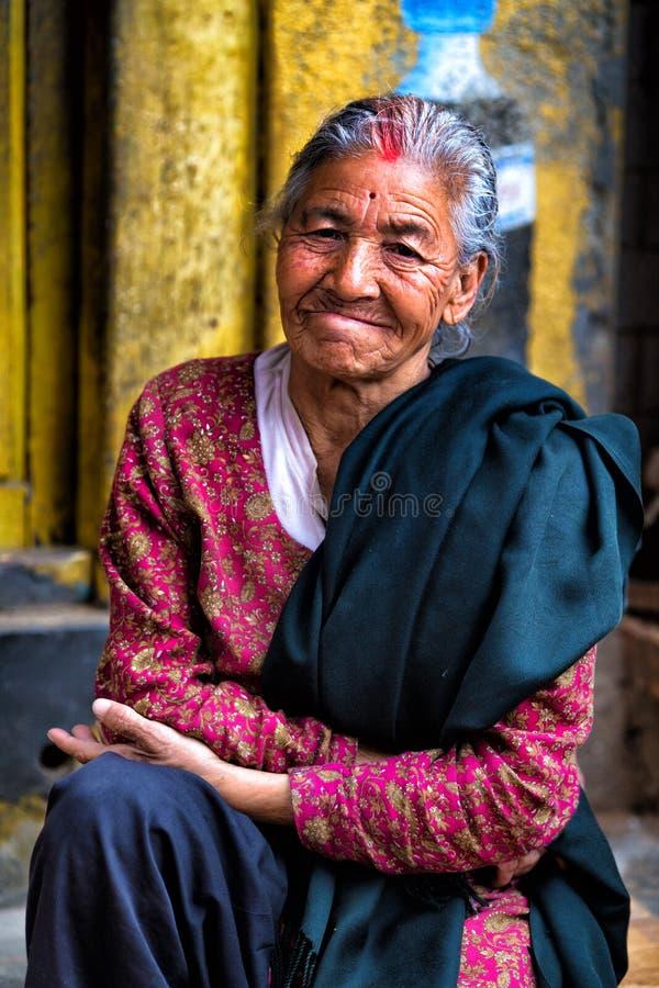 Stående av Nepalikvinnan royaltyfria foton