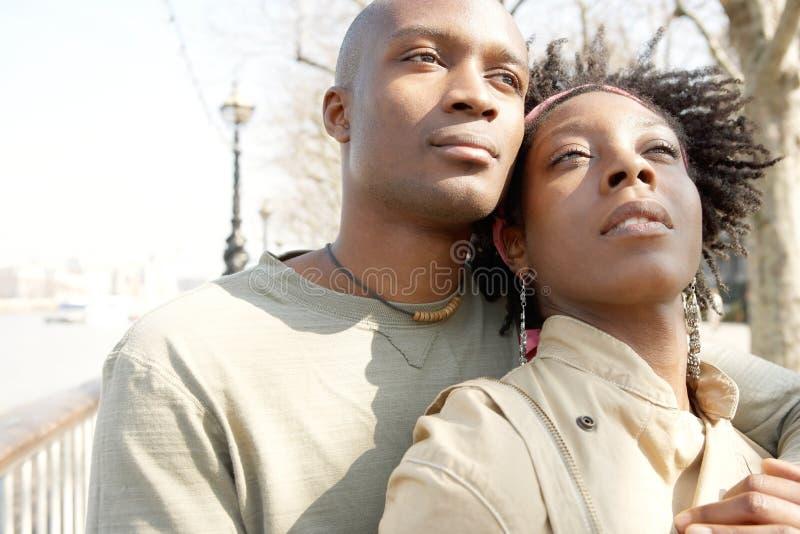 Stående av turist- par i London. royaltyfria bilder