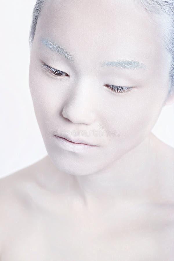 Stående för man för makeup för Vogue stil ljus Friare för glamourfetischman arkivbild