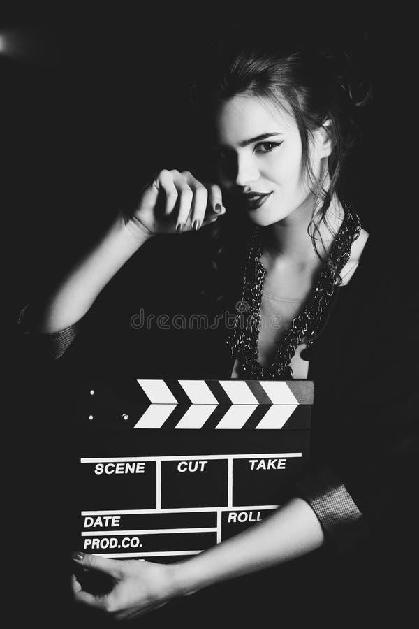 Stående för ung kvinna royaltyfri fotografi
