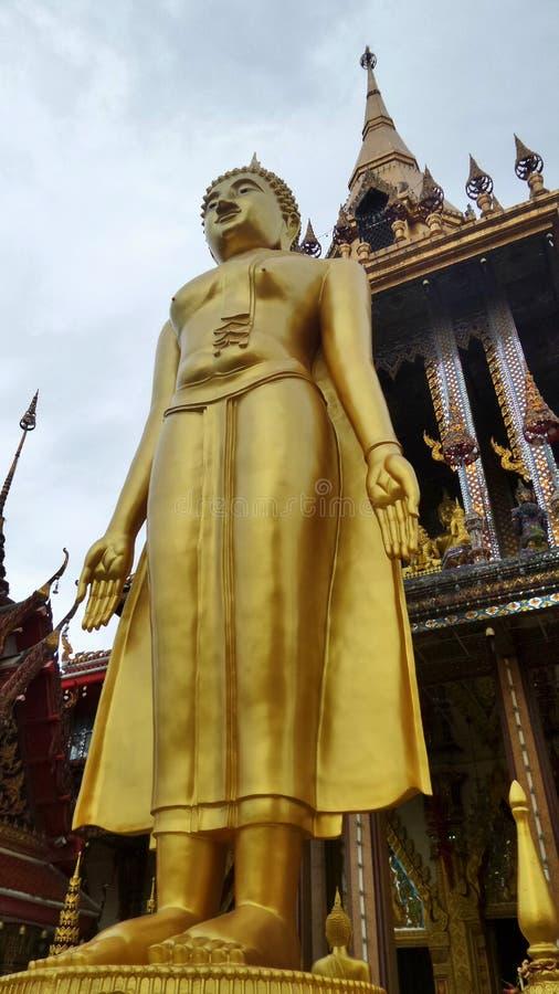 Stående ställingsBuddhaskulptur royaltyfria bilder
