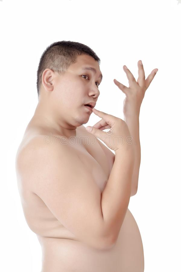 Ståenden av den knubbiga kala asiatiska mannen poserar som som ett härligt arkivfoto