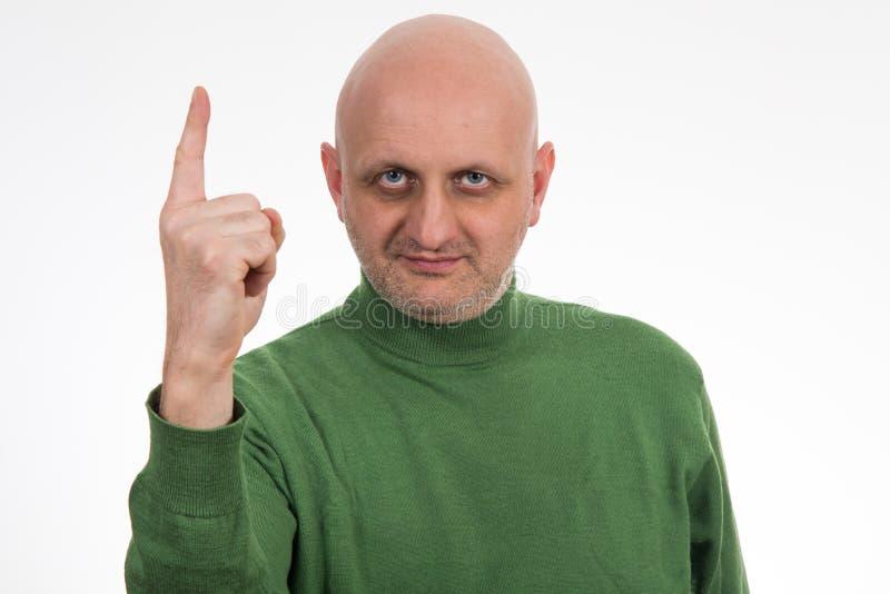 Ståenden av eftertänksamt barn blir skallig mannen arkivbild