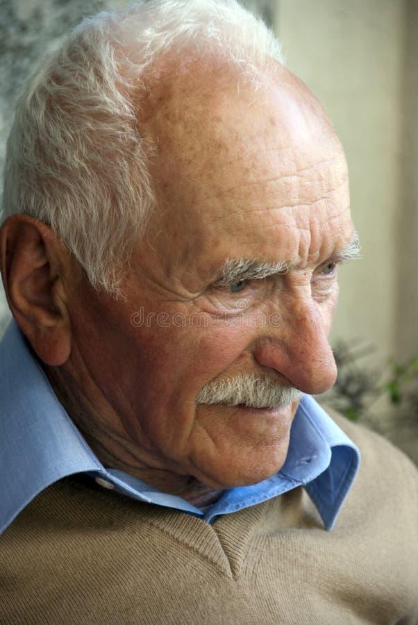 ståendepensionär royaltyfria foton