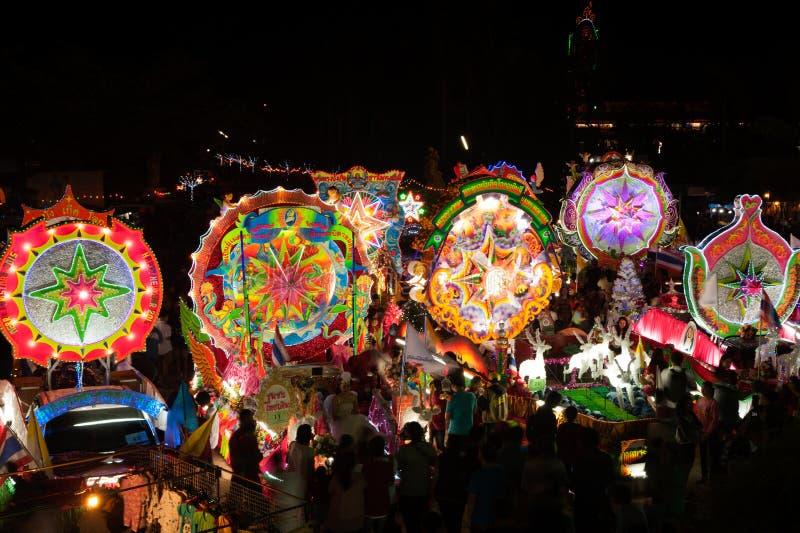 Ståta av julstjärnafestival i Sakon Nakhon, Thailand royaltyfri fotografi