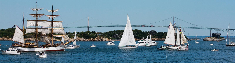Ståta av seglar, Newport Rhode Island royaltyfria foton