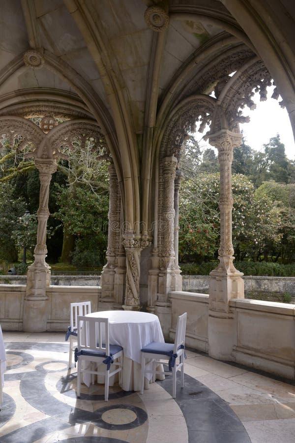 Stół dla Breakfast_Weekend - Łukowata pałac galeria obraz stock