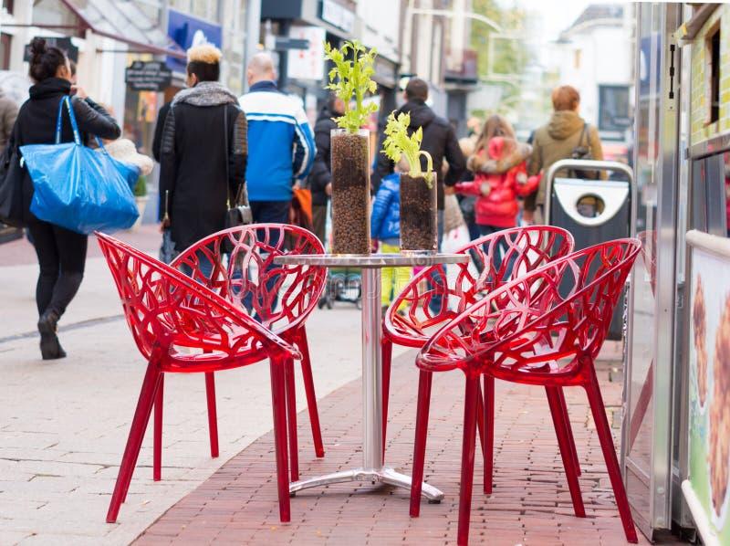 Stół z krzesłami zdjęcie stock