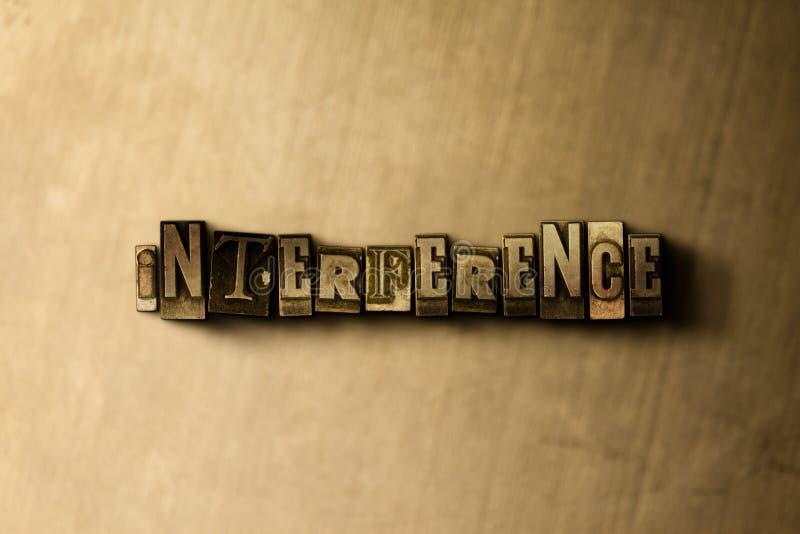 STÖRNING - närbild av det typsatta ordet för grungy tappning på metallbakgrunden stock illustrationer