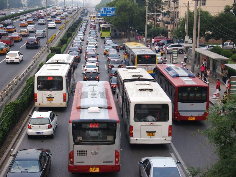 Störung und Autos des Peking-starken Verkehrs lizenzfreie stockbilder