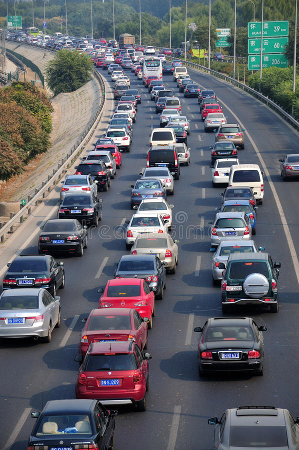 Störung- und Luftverschmutzung des Peking-starken Verkehrs stockfotografie