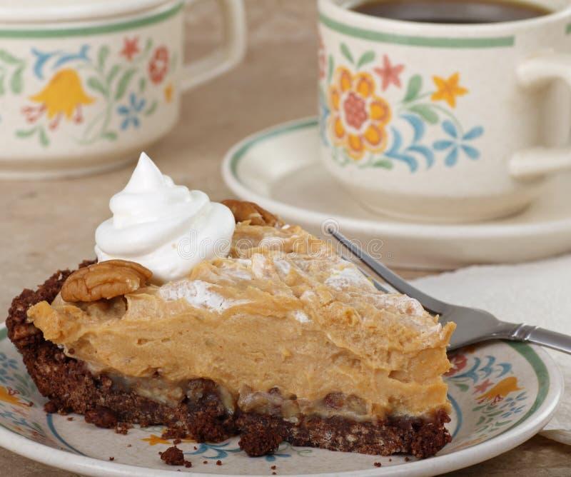 Stück der Erdnussbutter-Torte lizenzfreies stockfoto