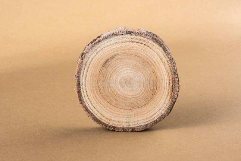 Stückchen geschnittene runde Form der hölzernen Anmeldung lizenzfreie stockfotos