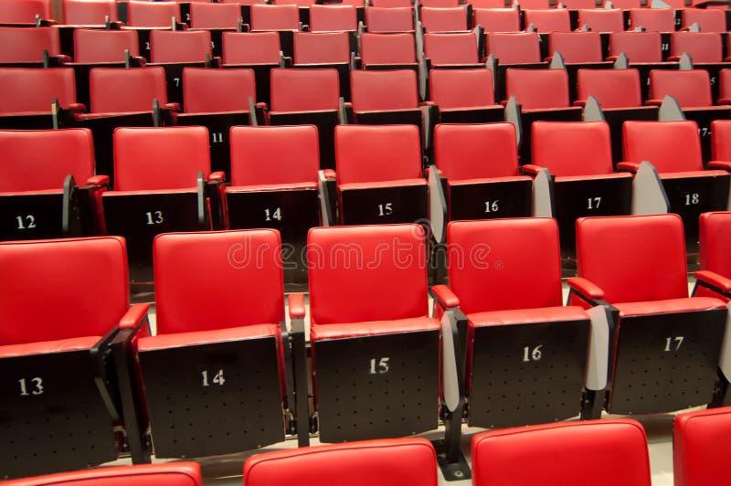 Download Stühle stockfoto. Bild von kissen, kino, matratze, konferenz - 27733400