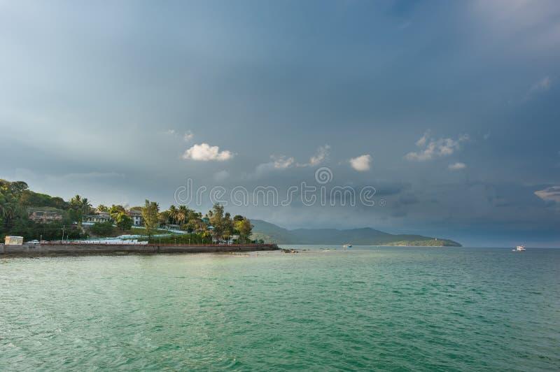 Stürmische Himmel in Port Blair, Indien stockfotos