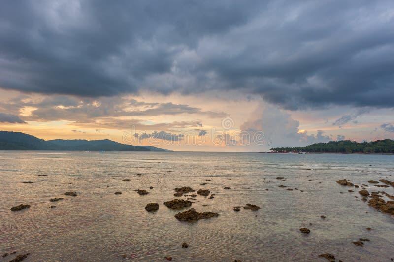 Stürmische Himmel in Port Blair, Indien lizenzfreie stockfotos