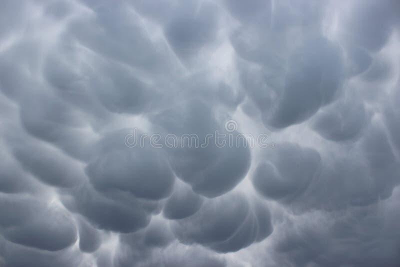 Stürmischer Himmel über Pas-de-Calais stockbild
