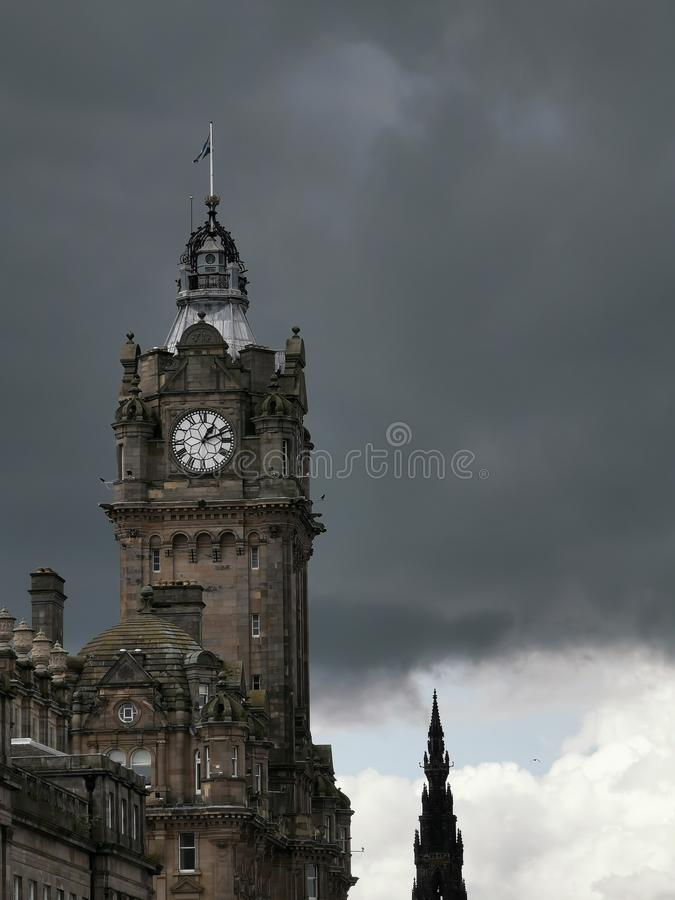 Stürmischer Himmel in Edinburgh stockfoto