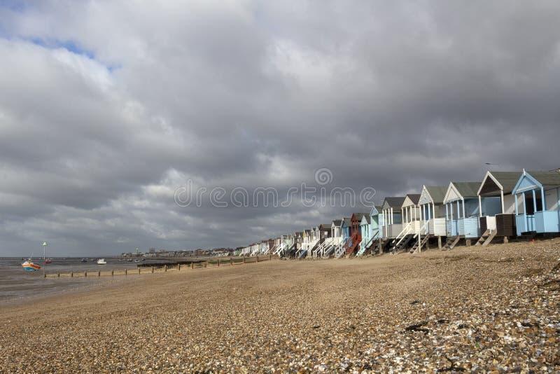 Stürmischer Tag bei Thorpe Bay, Essex, England lizenzfreies stockbild