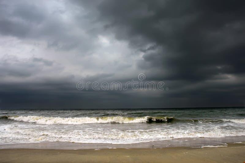 Stürmisches Wetter, Atlantik-Küste lizenzfreies stockbild