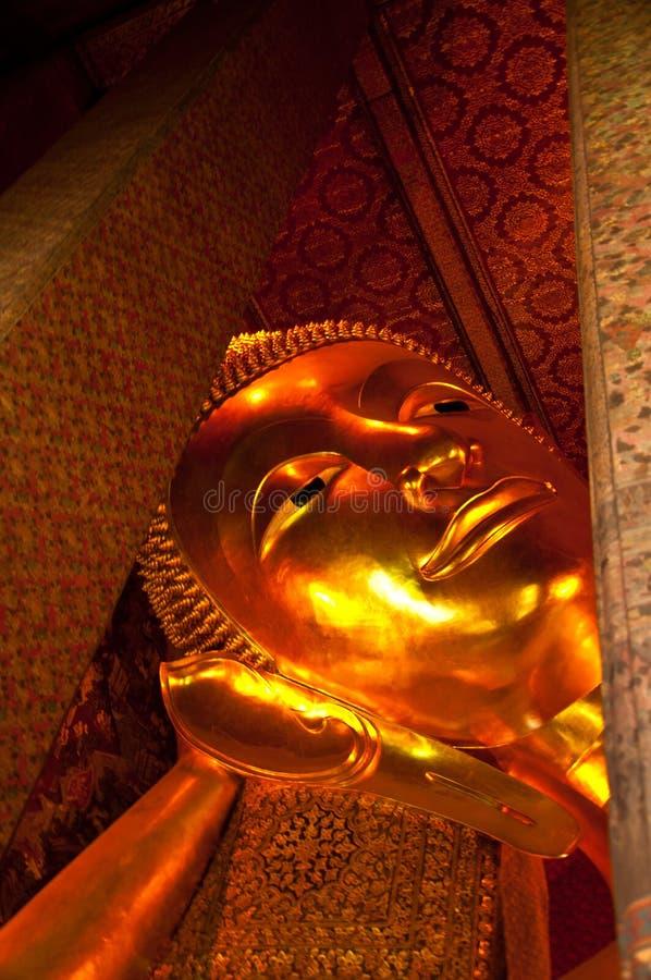 Stützender Buddha, Wat Pho, Thailand lizenzfreie stockfotos