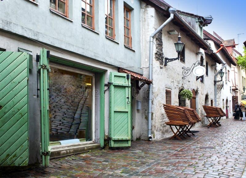 St凯瑟琳段落-一个小的走道在老城市塔林,爱沙尼亚 库存图片