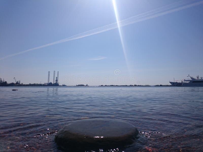 Άποψη της Αγία Πετρούπολης Κανάλι ποταμών με τις βάρκες στην Άγιος-Πετρούπολη στοκ εικόνες