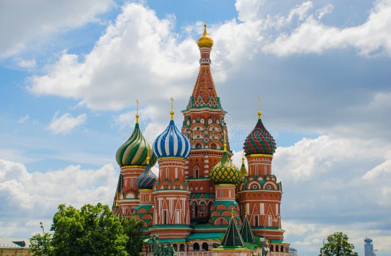 st красного квадрата moscow собора базиликов стоковая фотография rf