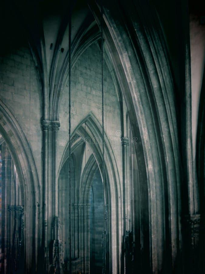 St.斯蒂芬大教堂内部 免版税库存图片