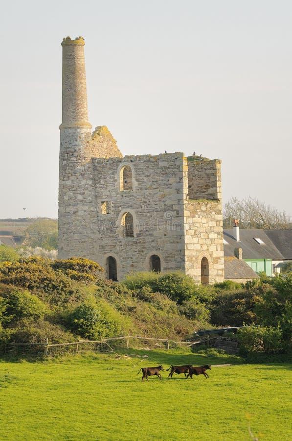 St Agnes, cornwall övergiven min Cornwall bygd royaltyfri foto