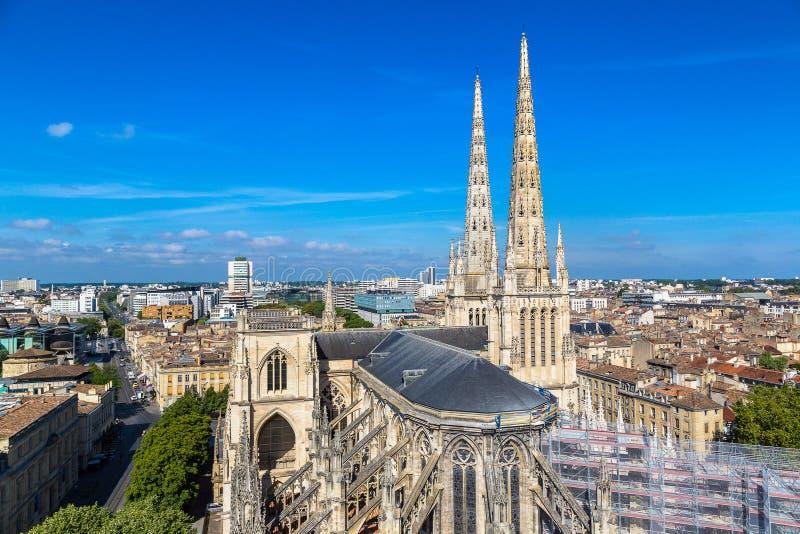 St Andrew et x27 ; cathédrale de s en Bordeaux image libre de droits
