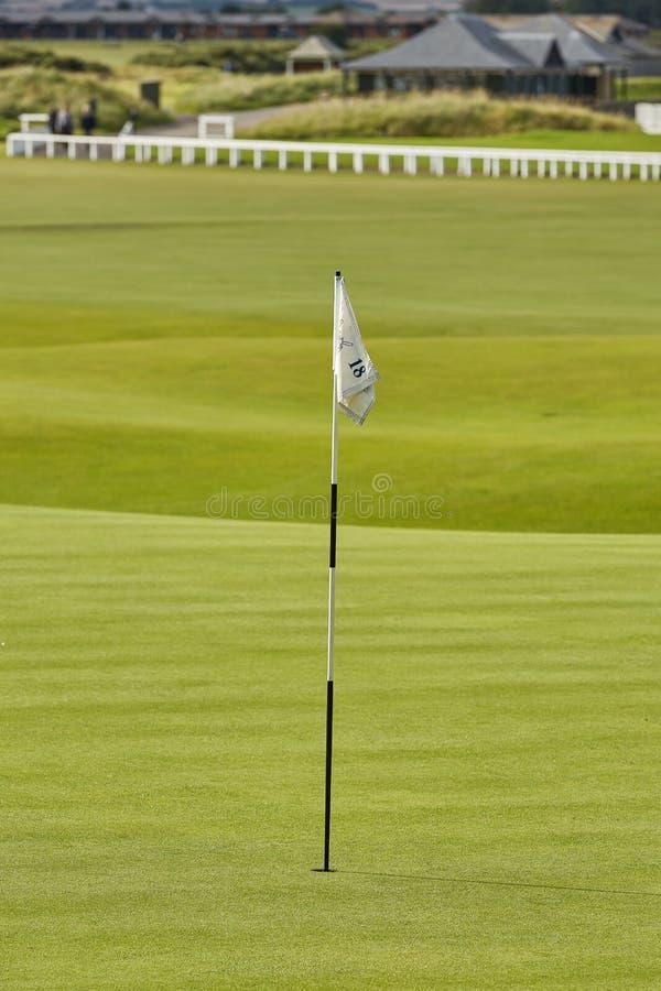 ST ANDREWS, piszczałka SZKOCJA, WRZESIEŃ, - 5, 2017: St Andrews klub i pole golfowe Antyczny & Królewski dokąd golf był obraz stock