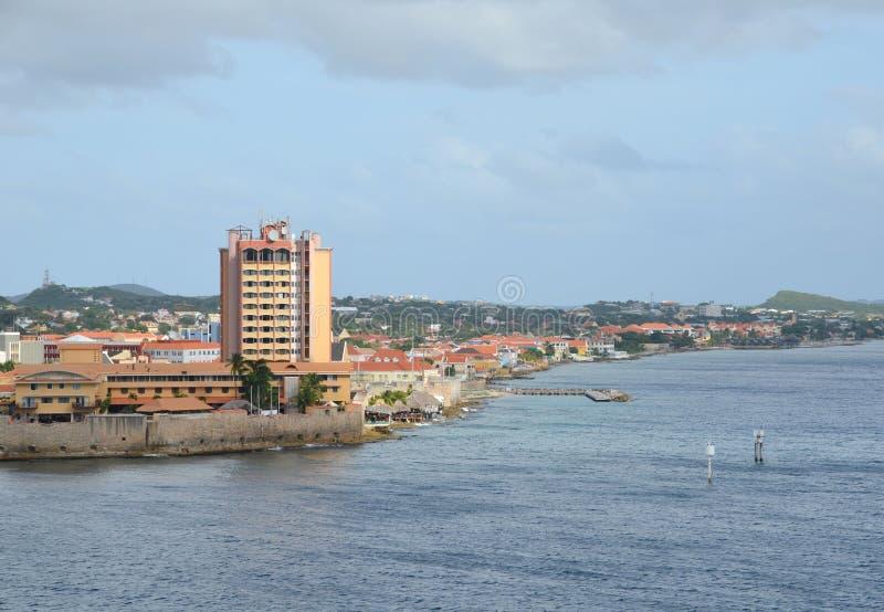 St Anna Bay en Willemstad, Curaçao imagenes de archivo