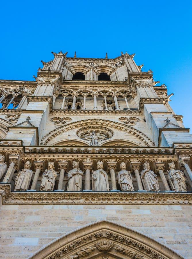 St Anne Portal van Notre Dame Cathedral in Parijs royalty-vrije stock foto