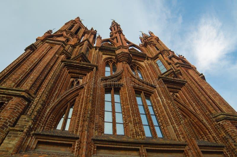 St Anne s-Kirche in Vilnius, Litauen lizenzfreie stockbilder