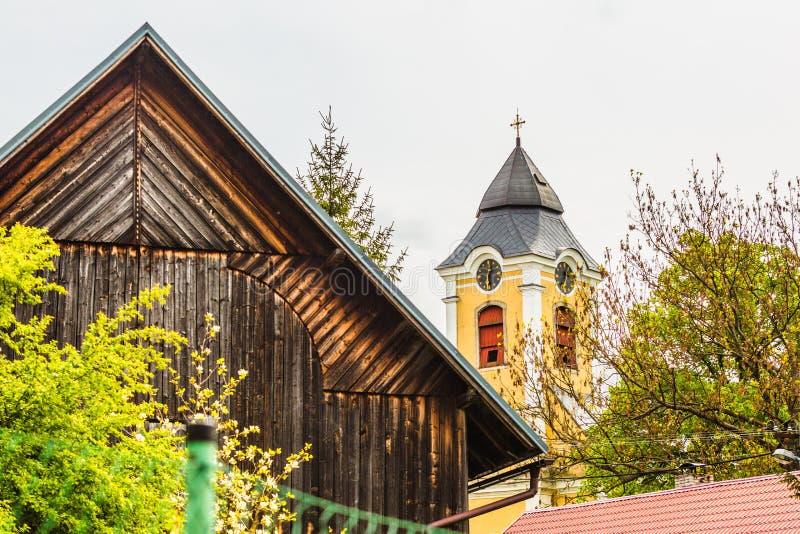 St Anthony de la iglesia de Padua en un pueblo checo imagen de archivo