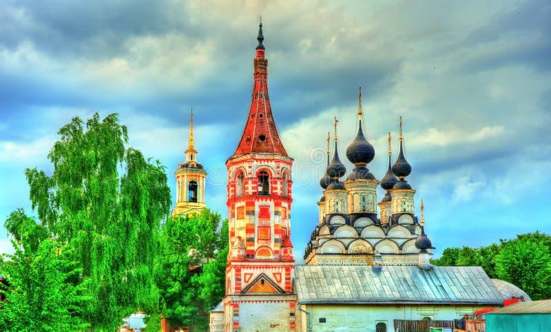 St Antipas en St Lazarus kerken in Suzdal, Rusland stock foto's
