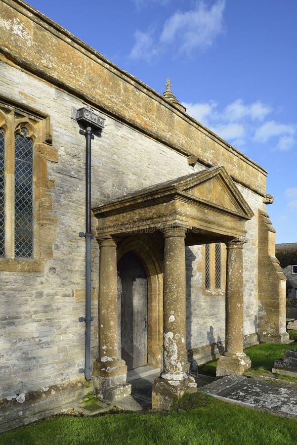 St Barnabas教会门廊 免版税库存图片