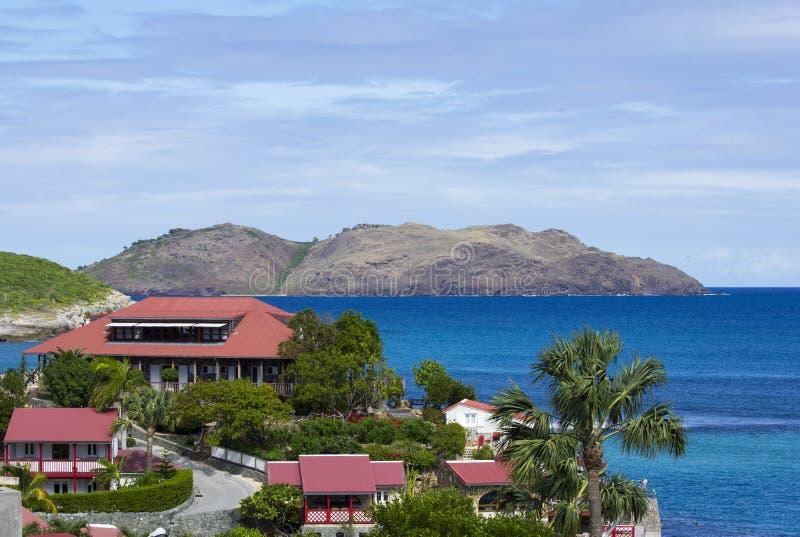 O hotel bonito da rocha de Eden em St Barth, Índias Ocidentais francesas fotografia de stock royalty free