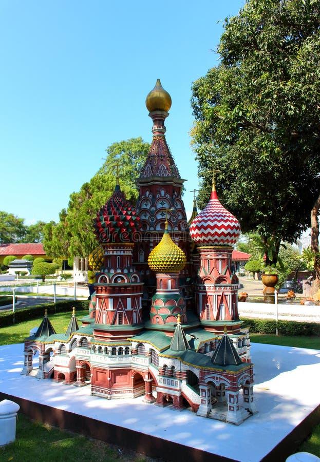 St Basil Cathedral in Moskou in Mini Siam-park royalty-vrije stock fotografie