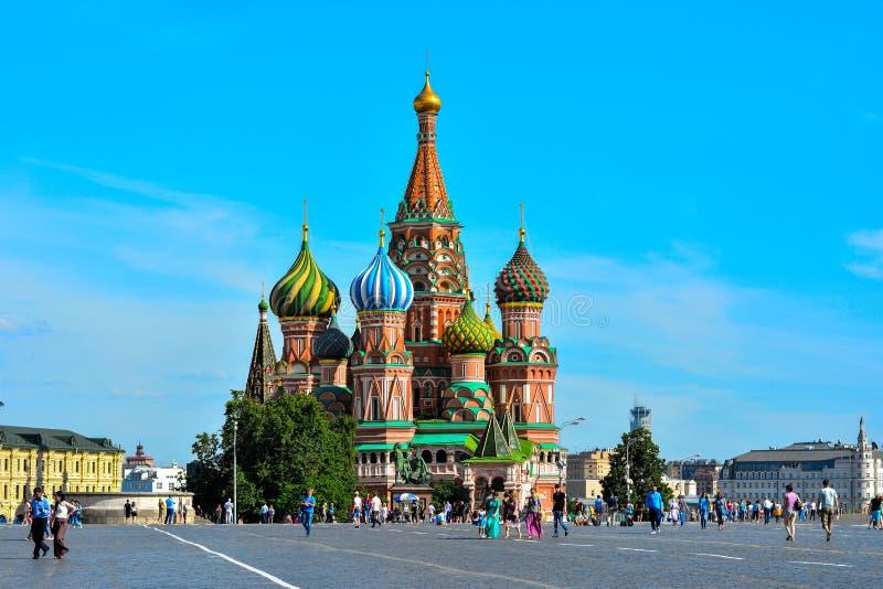 St.-Basilikum ` s Kathedrale auf rotem Quadrat lizenzfreie stockfotografie