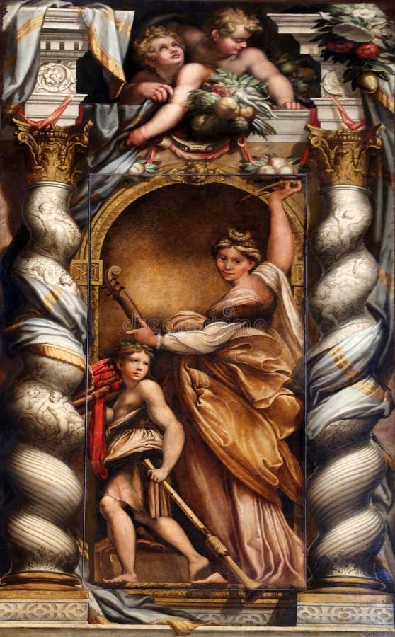 St Cecilia, welches die Bassgeige spielt lizenzfreie stockfotografie
