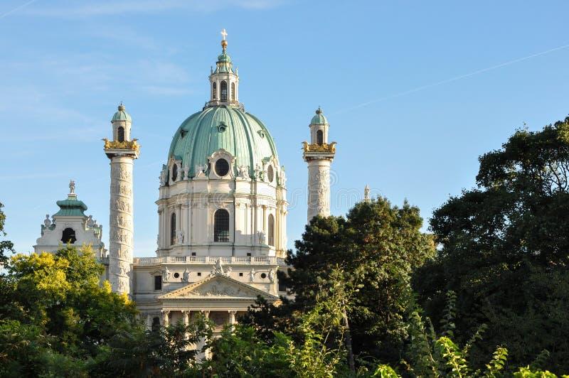 St Charles Kirche (Karlskirche) Wien stockbilder