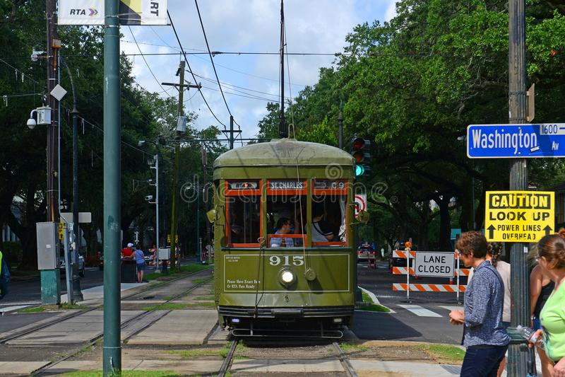 St Charles Line de tramway de RTA à la Nouvelle-Orléans photographie stock libre de droits