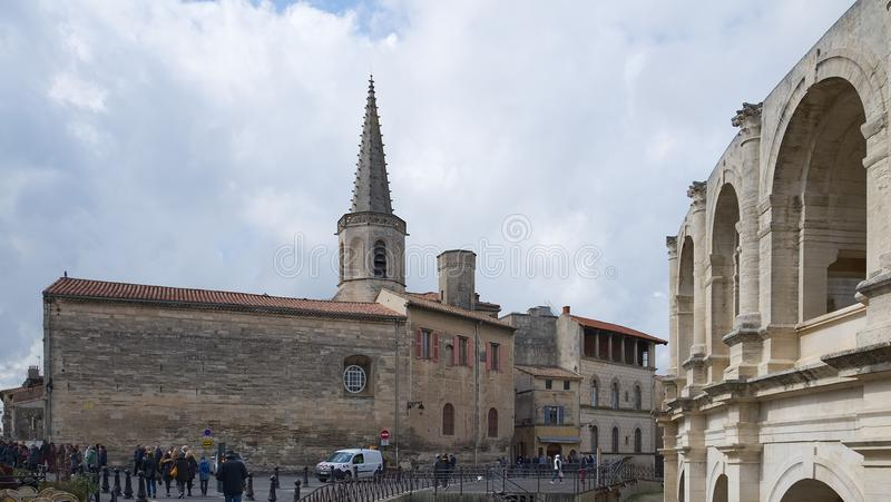 St Charles och arena - Arles - Provence - Camargue - Frankrike royaltyfri foto