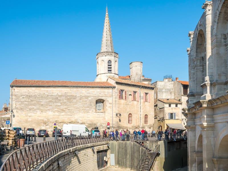 St Charles skolatorn i Arles, Frankrike royaltyfria bilder